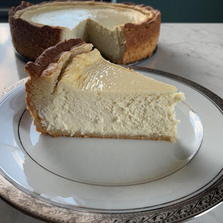 Keto Cheesecake with Keto Crust