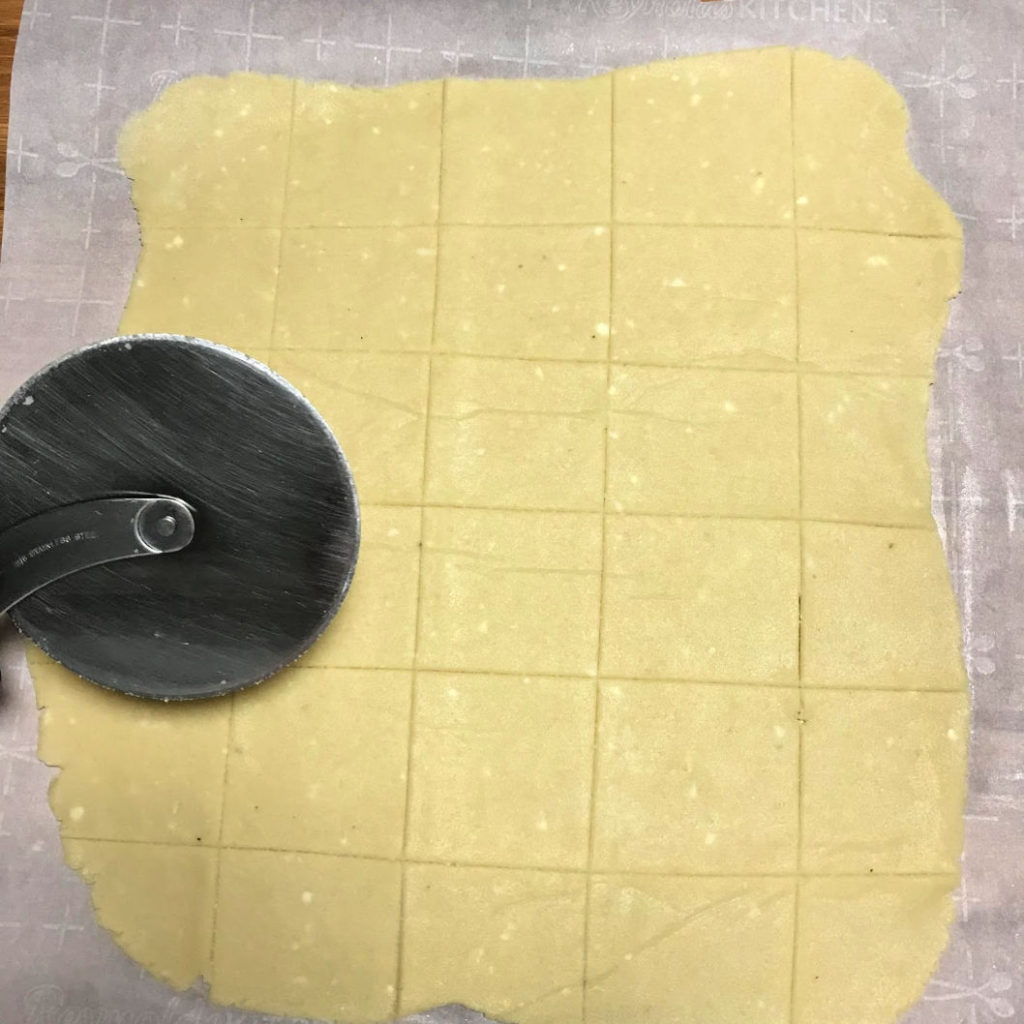 butter crackers cut