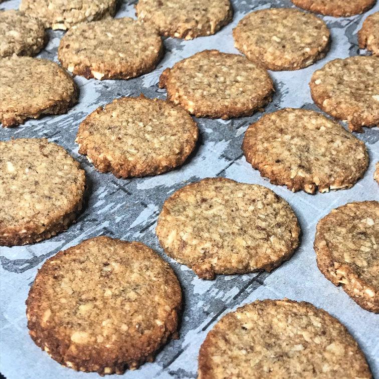 Keto Oatmeal Creme Pies cookie part