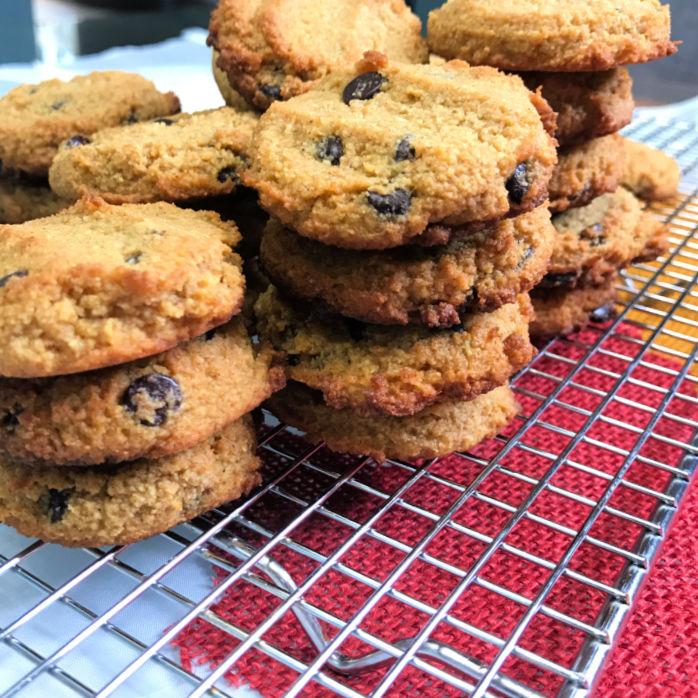 gluten free pumpkin cookies cooled