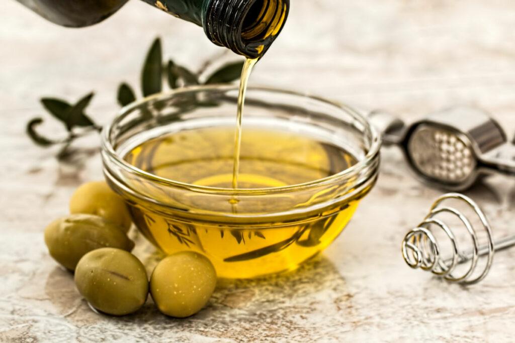 Keto Pantry Staples Olive Oil