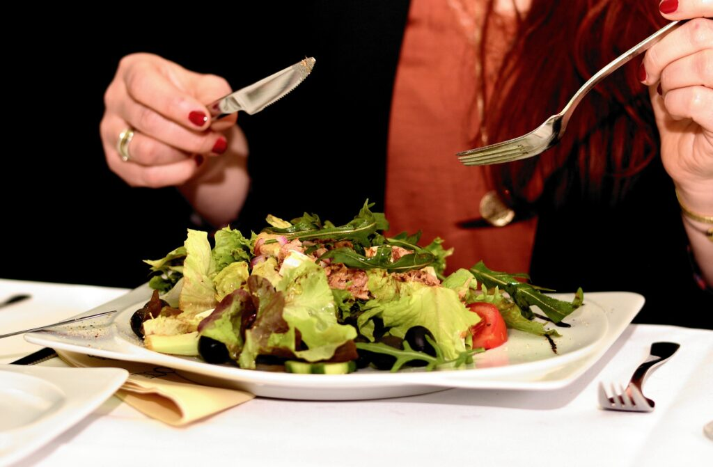 eating out on keto salad