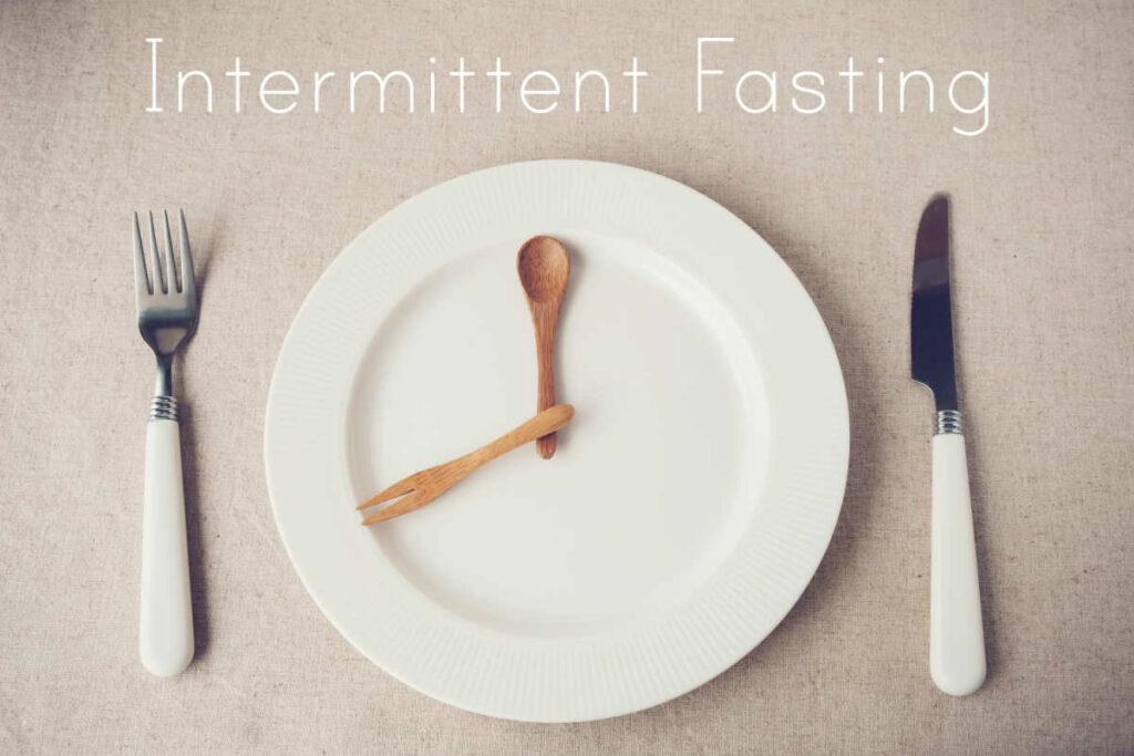 Intermittent Fasting On Keto clock plate