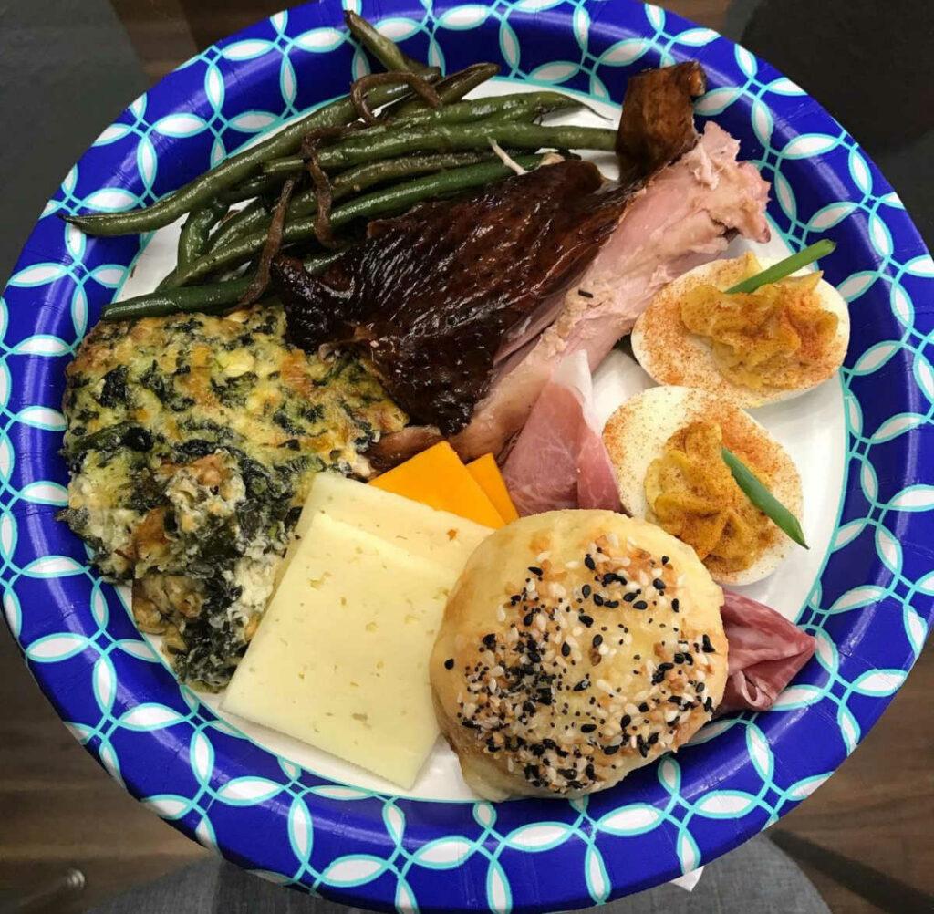 Keto Thanksgiving Dinner plate